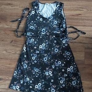 Momzelle Nursing Dress - Size XL